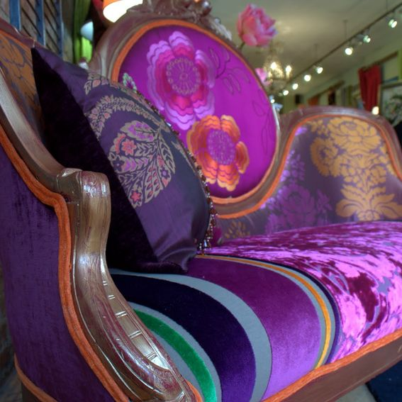 Miami Upholstery Inc.   HOME / RESIDENTIAL AND COMMERCIAL FINE UPHOLSTERY  AND FABRICS, LEATHER AND VINYLS